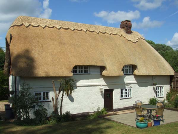 A completed thatching project by KH Thatching