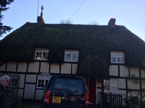 002 Total rethatch - Over Wallop - Before (5)