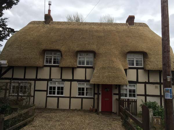 013 Total rethatch - Over Wallop - After (4)