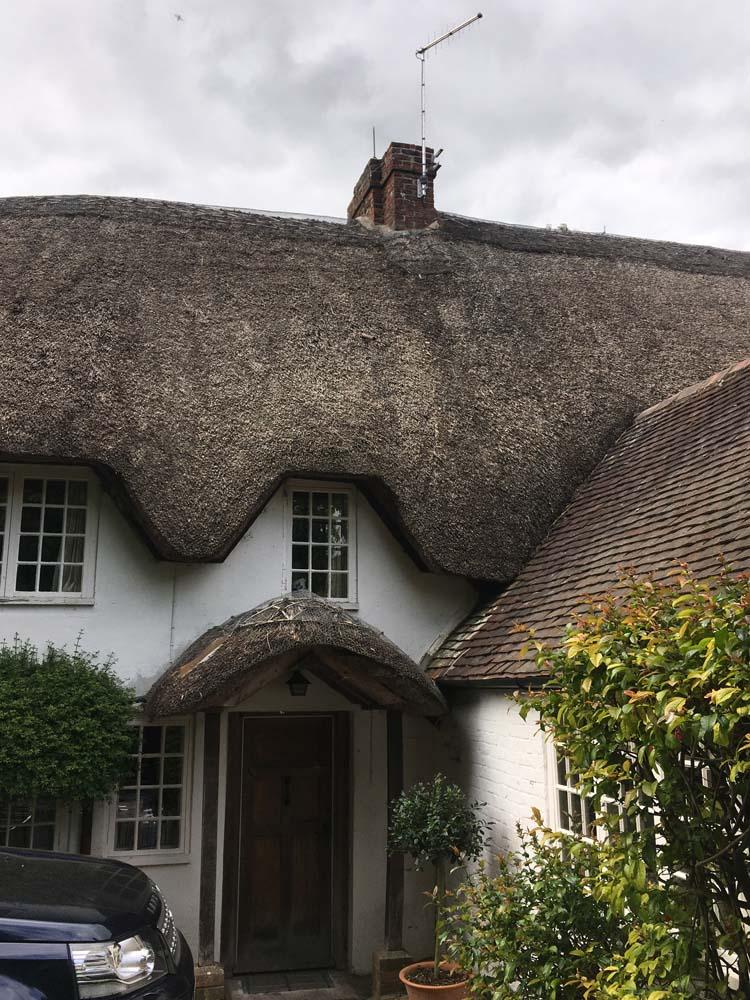 3. IMG_3993 - Winterborne Zelston - Porch and Ridge - Before